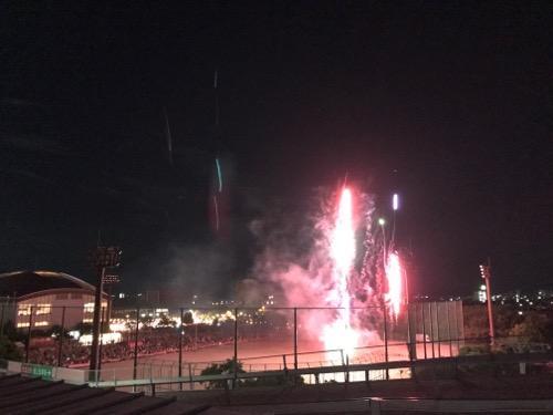 2017年愛媛県伊予郡松前町の花火大会会場と打ち上がる花火