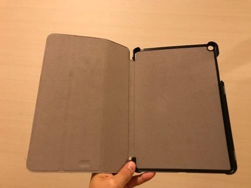 TrocentのASUS ZenPad 3S 10 (Z500KL)専用のタブレットケース(開いた時の様子・内側)