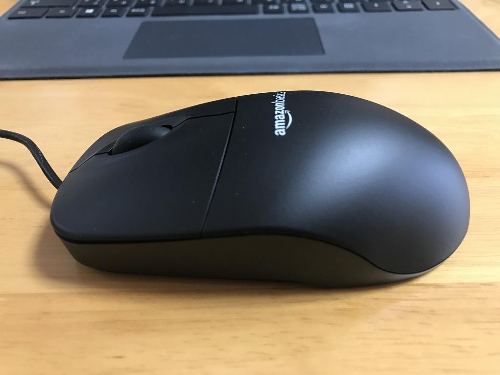 Amazonベーシック マウス USB有線 ブラック(左側面)