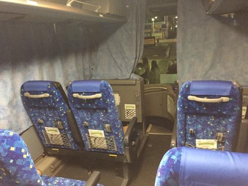 さくら観光の夜行バスの車内の様子