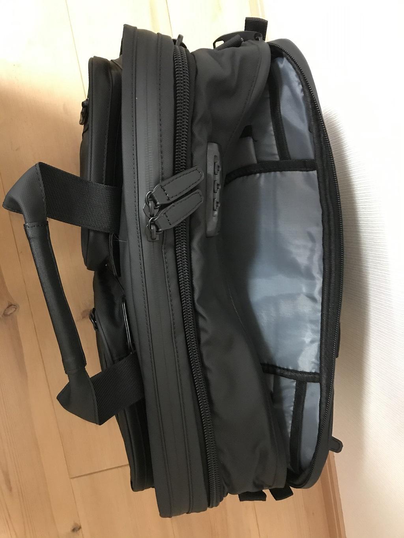 VORQITの防水ビジネスバッグ(止水ファスナー、パソコン収納用ポケット)