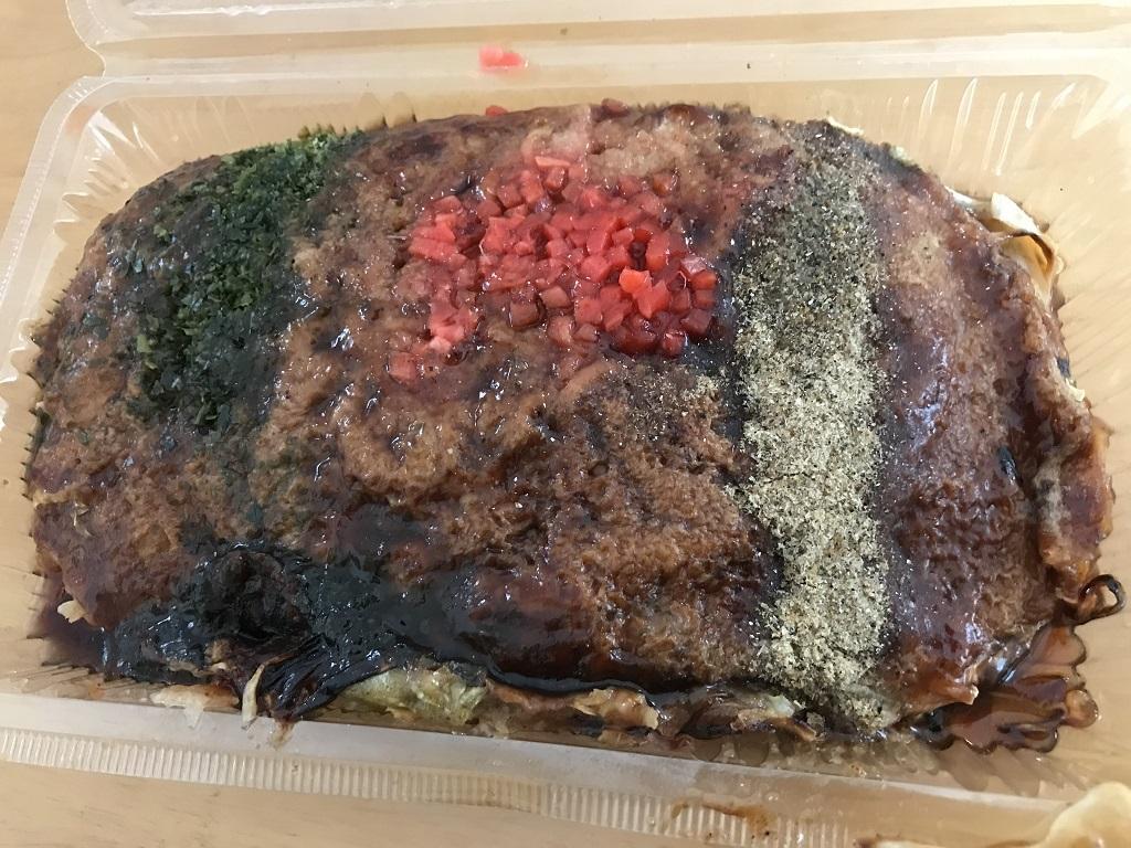 マルヨシセンター余戸店前の出店で購入した「三津浜焼」