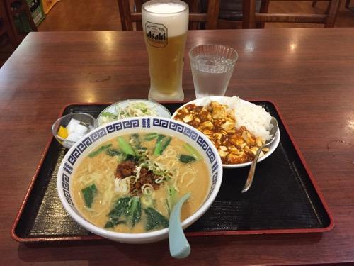 亀有一品の担々麺とマーボー豆腐丼と生ビール