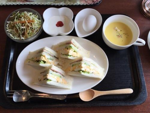 羅座亜留(ラザール)の朝食メニュー(サンドイッチ)